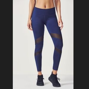 ✨Fabletics Gaviota Leggings